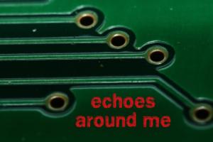 Titelbild Echoes around me II – Detailaufnahme einer Platine
